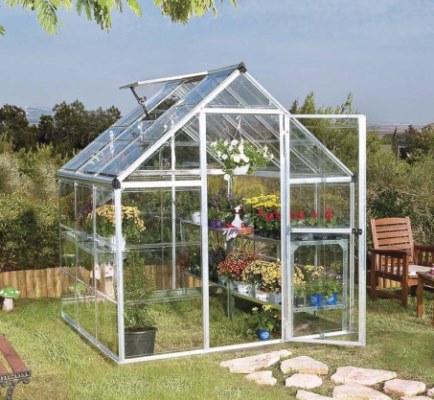 Serre da giardino e balcone non solo per proteggere le nostre piante!